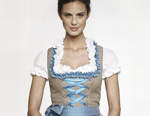 Kinga Mathe Dirndl und Trachtenkollektion 2013